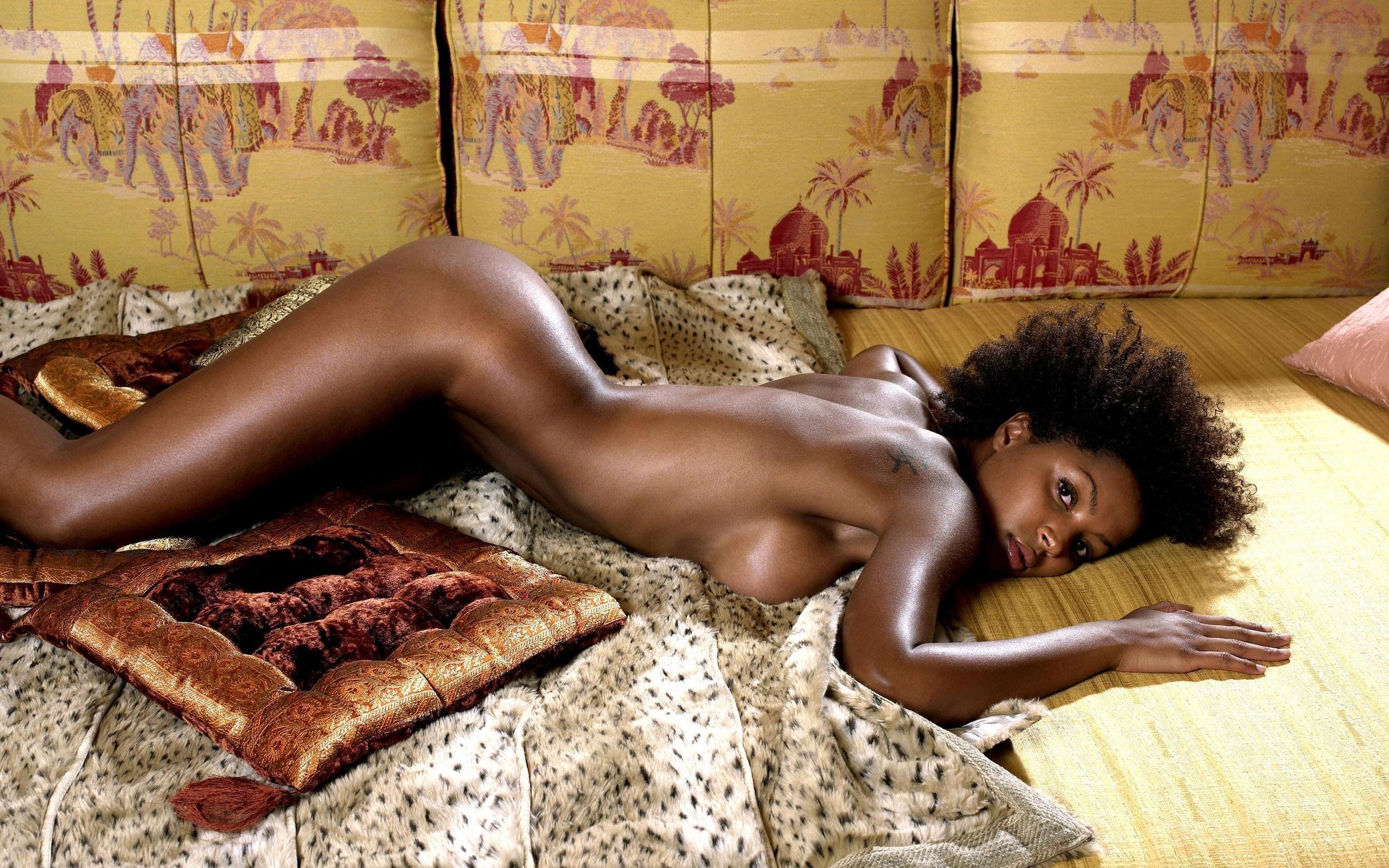 Hot black babes posing naked because they want to be famous