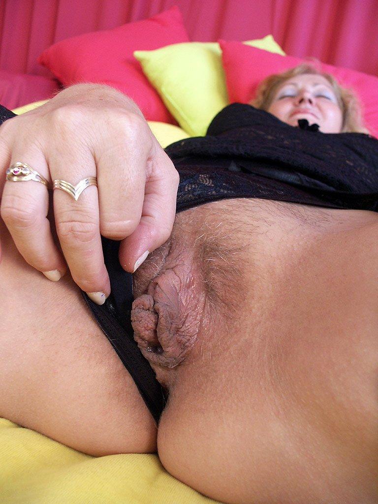 Big Clit Porn Pics, Huge Clitoris Sex Images, Huge Clit Porno