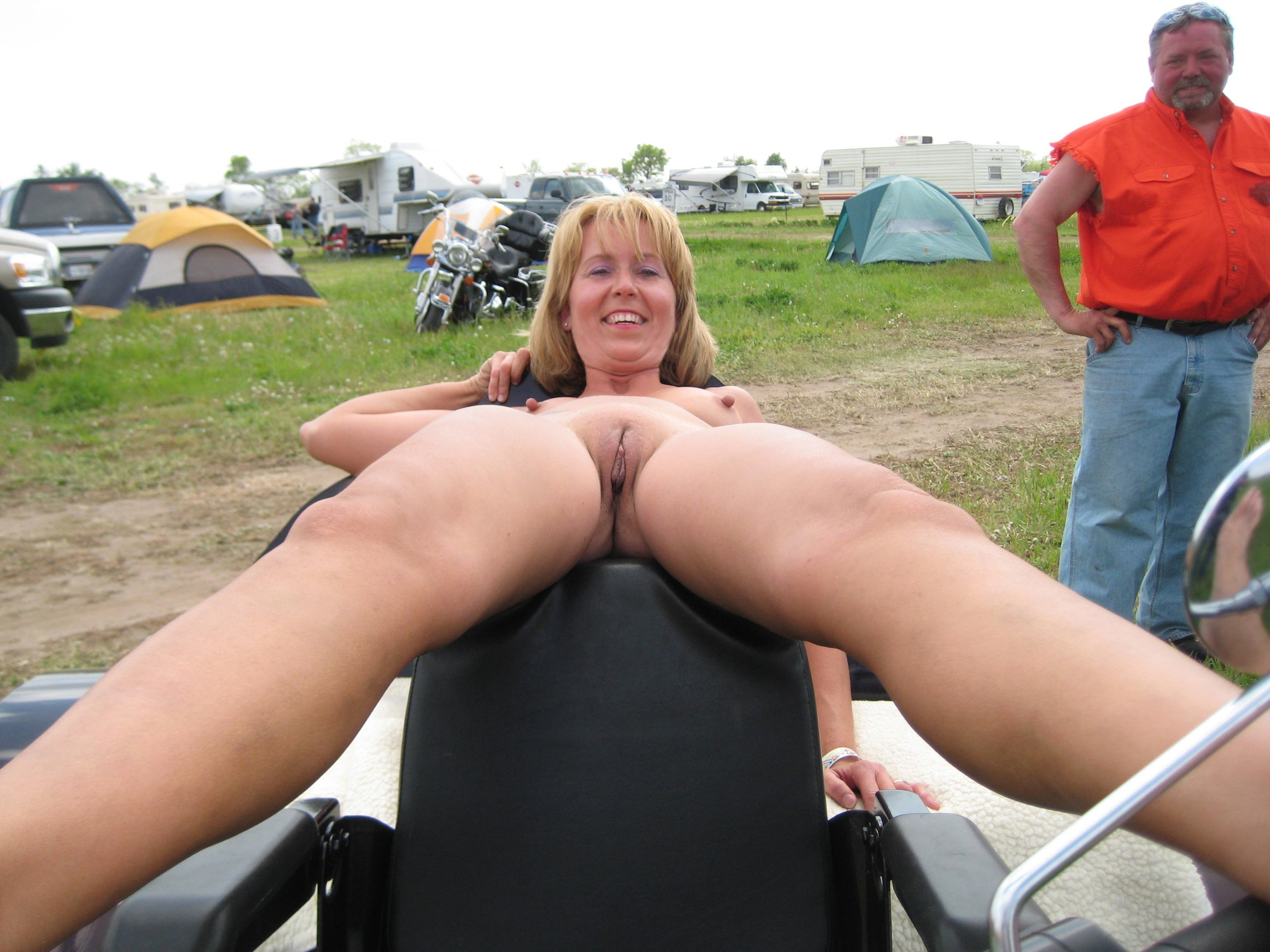 Showing Media Posts For Solo Babe Public Xxx