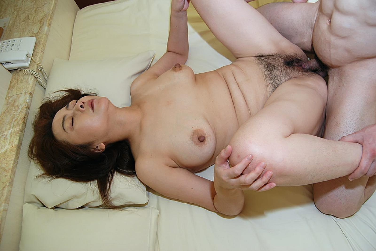 Japan x mom porn