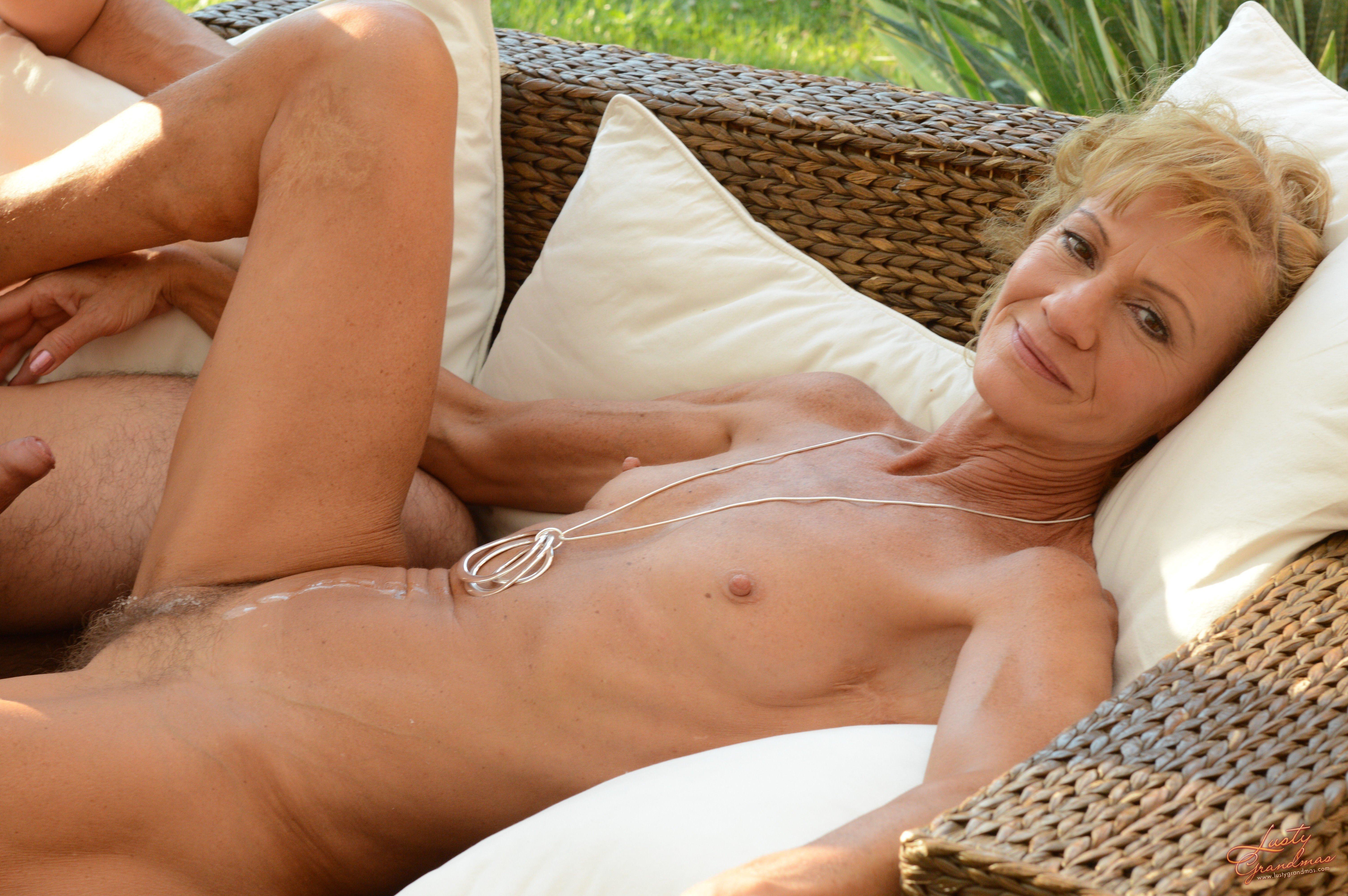 Skinny mature hot sex