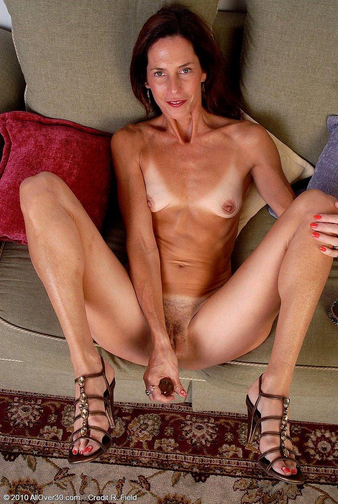 Old ladies skinny porn clips