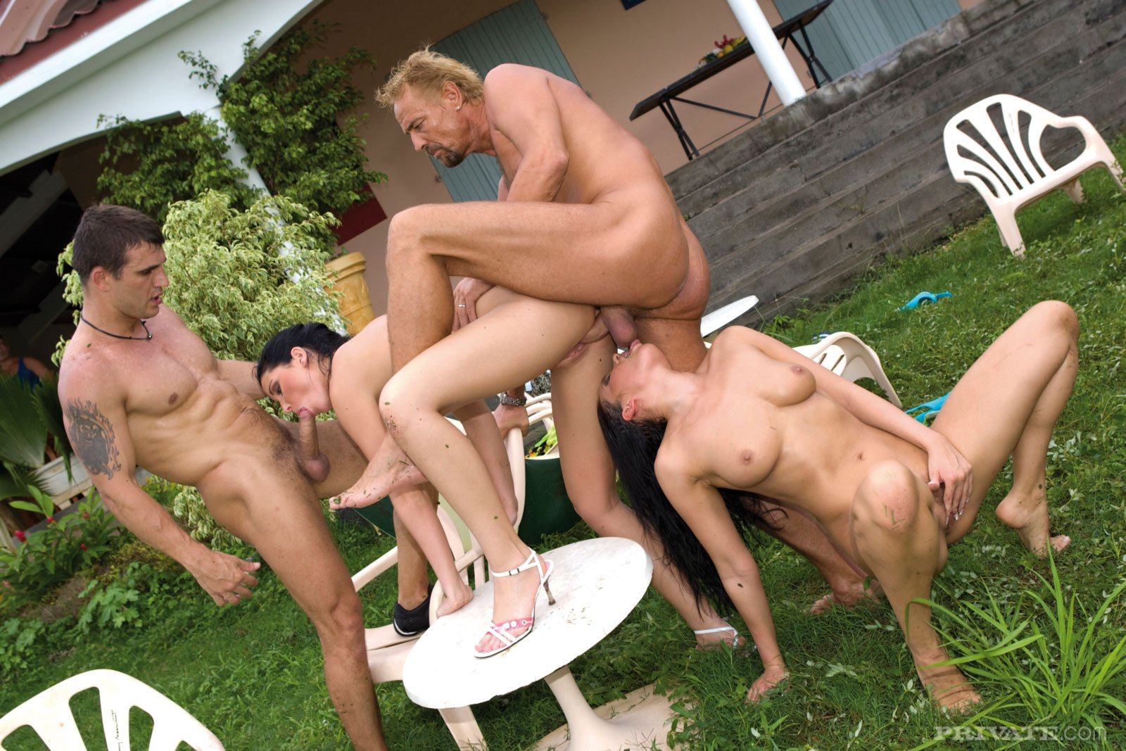 Real German Outdoor Groupsex Fuck Orgy Porn Pics