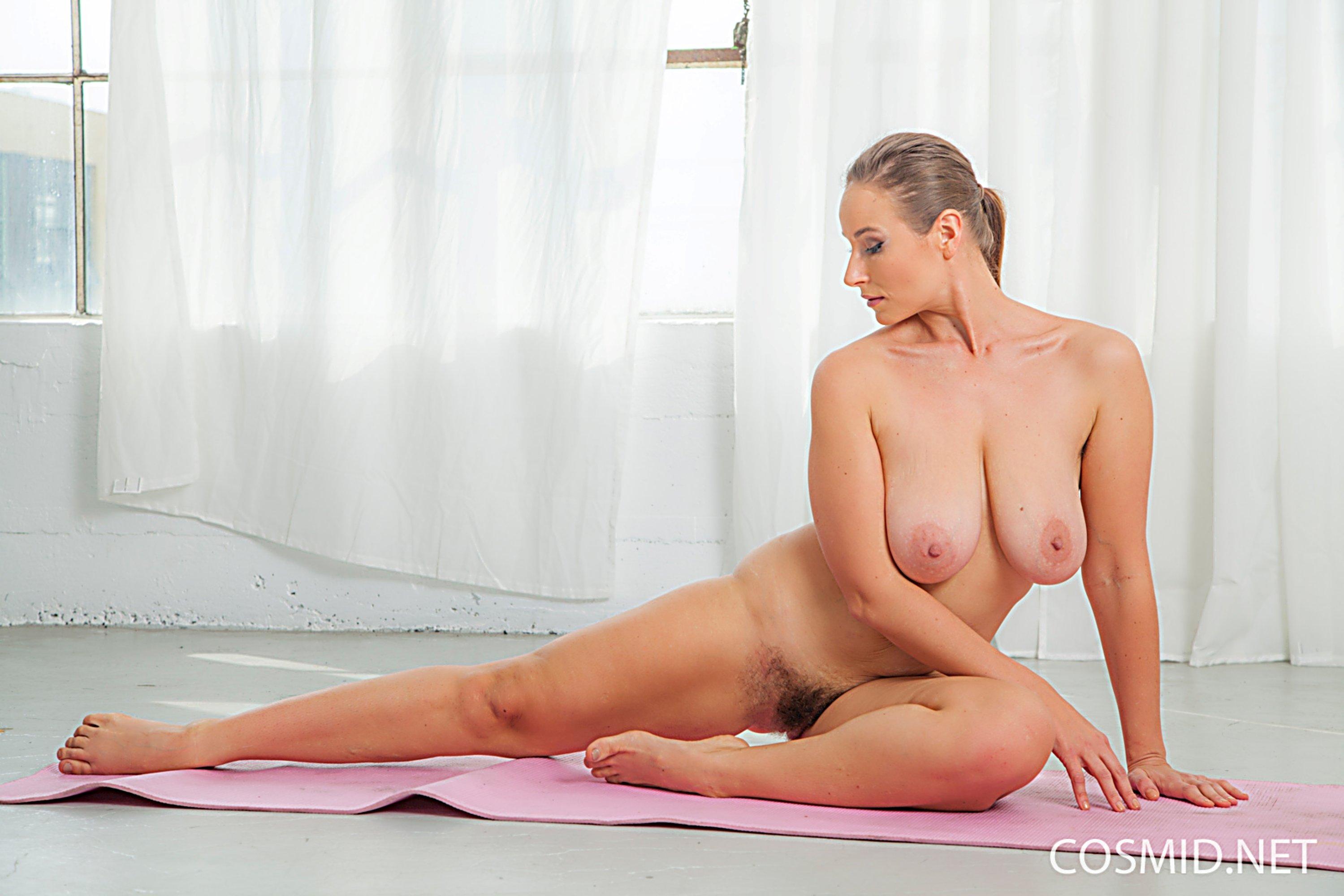 Naked yoga bikini warmup thailand with elke