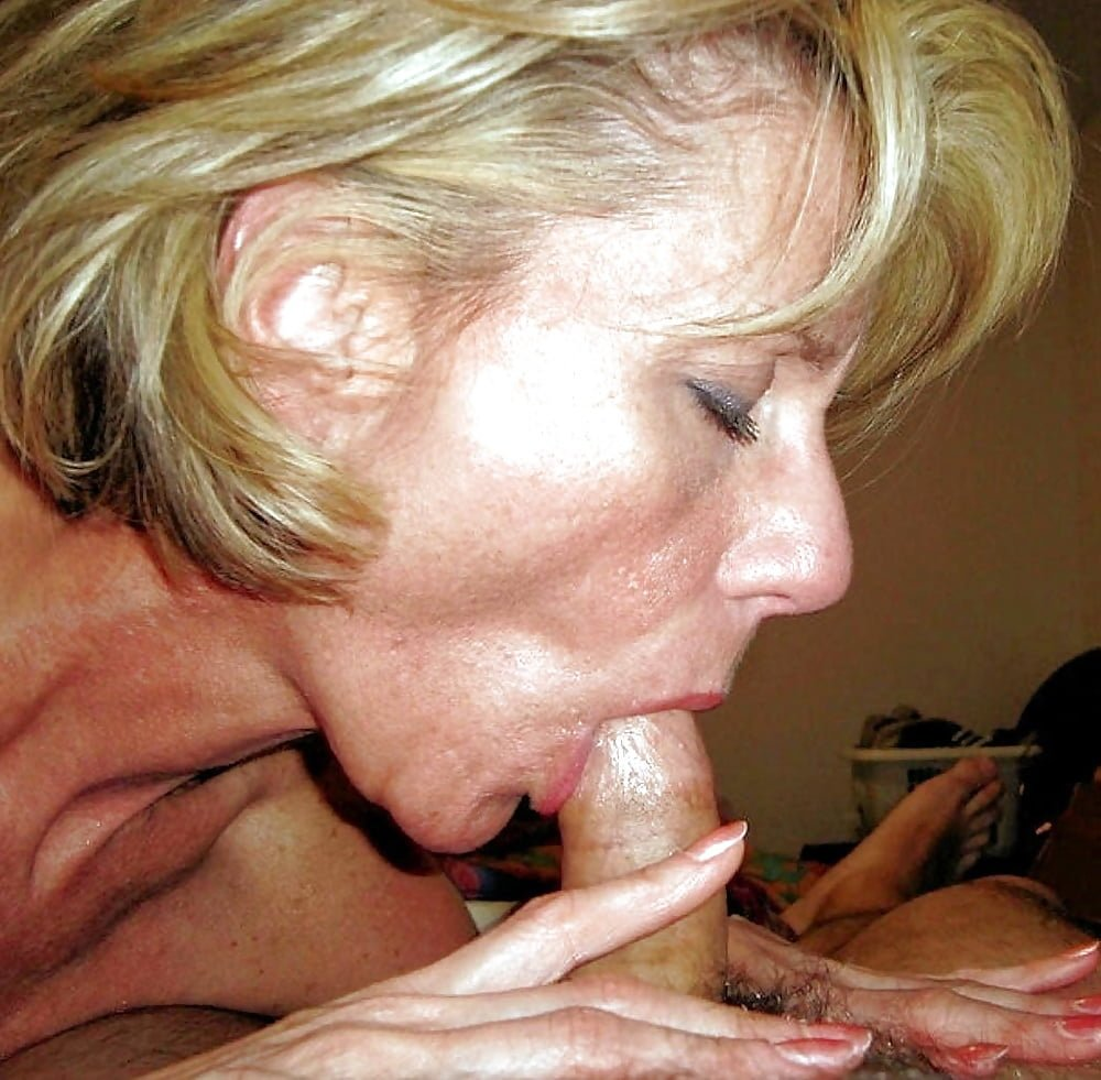 Old Lady Sucking Dick Porn Pics