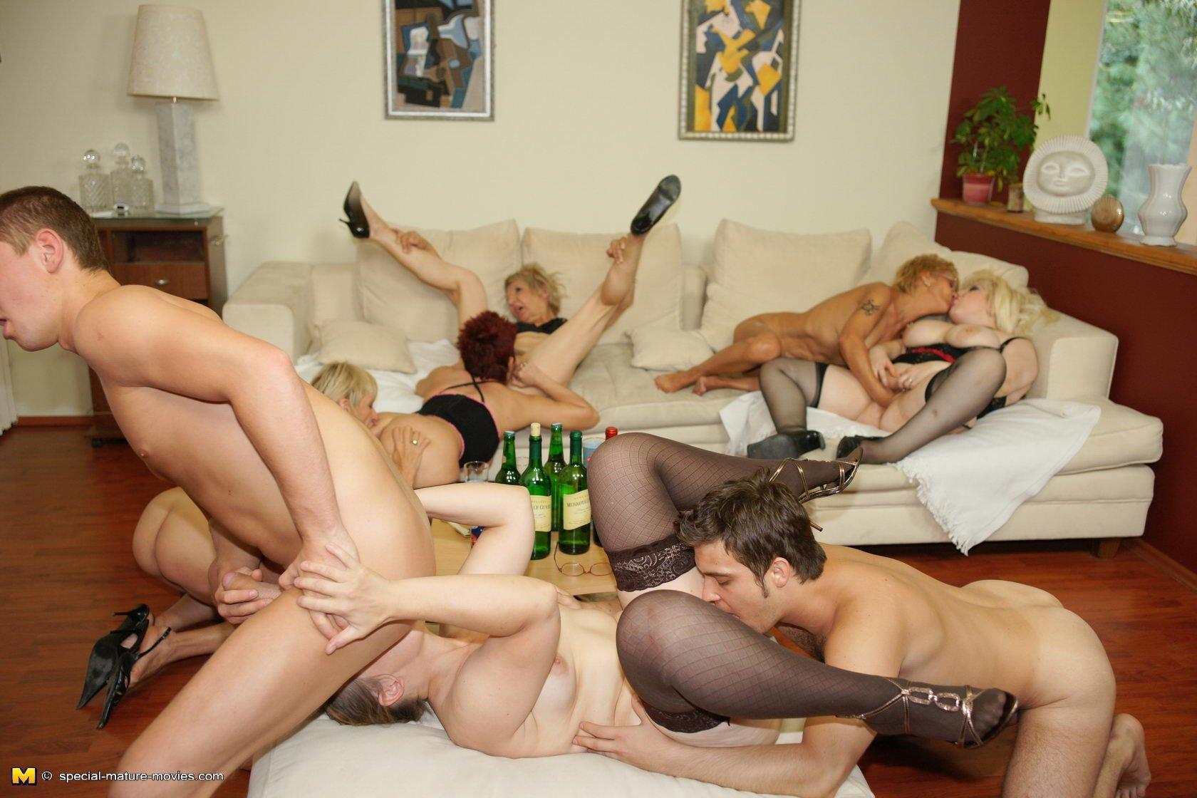 Mature orgy pics