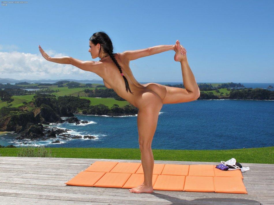 Nude yoga porn pics