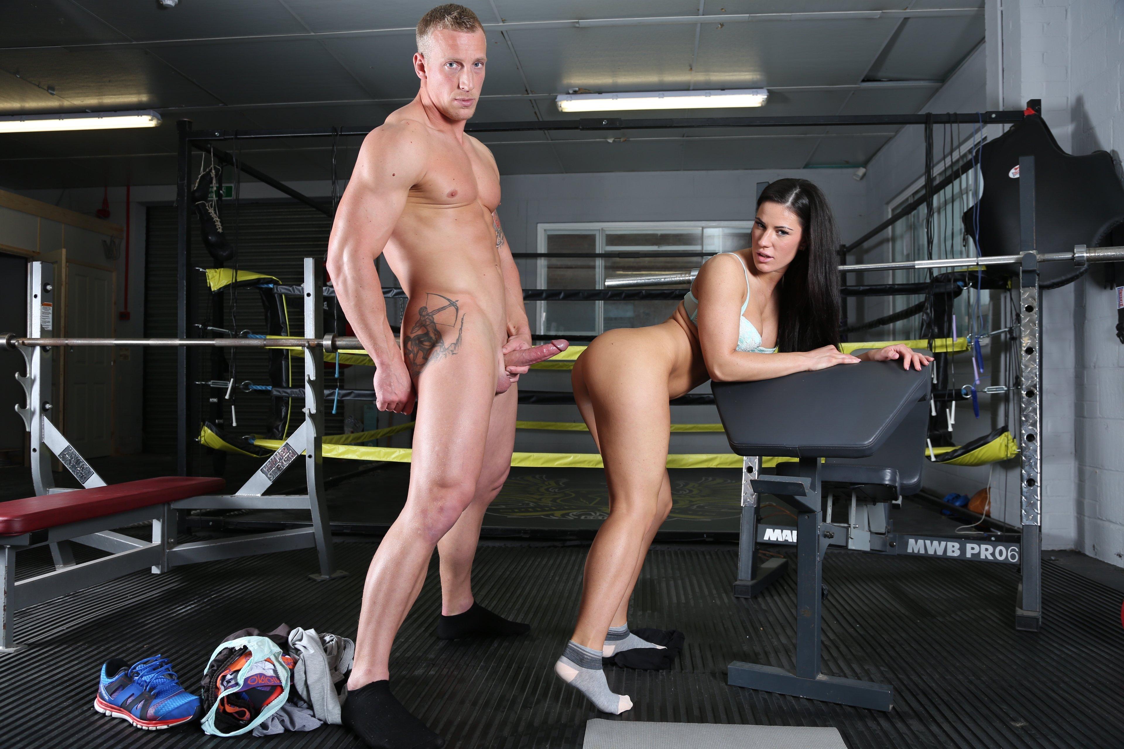 Crossfit girls nude