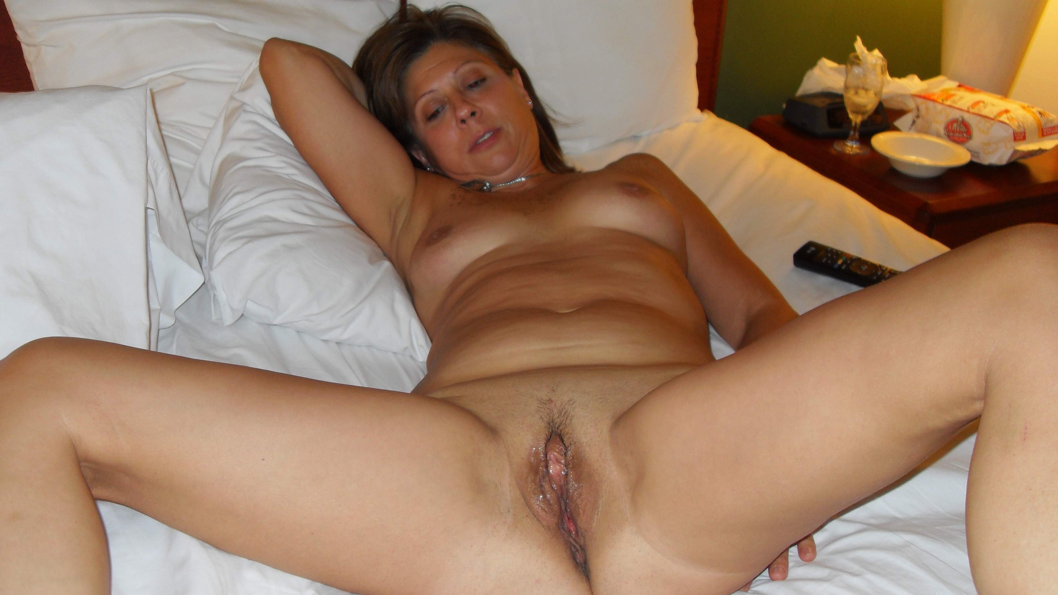Photo of nude women s pussy