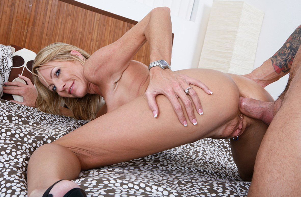 Anal milf picture
