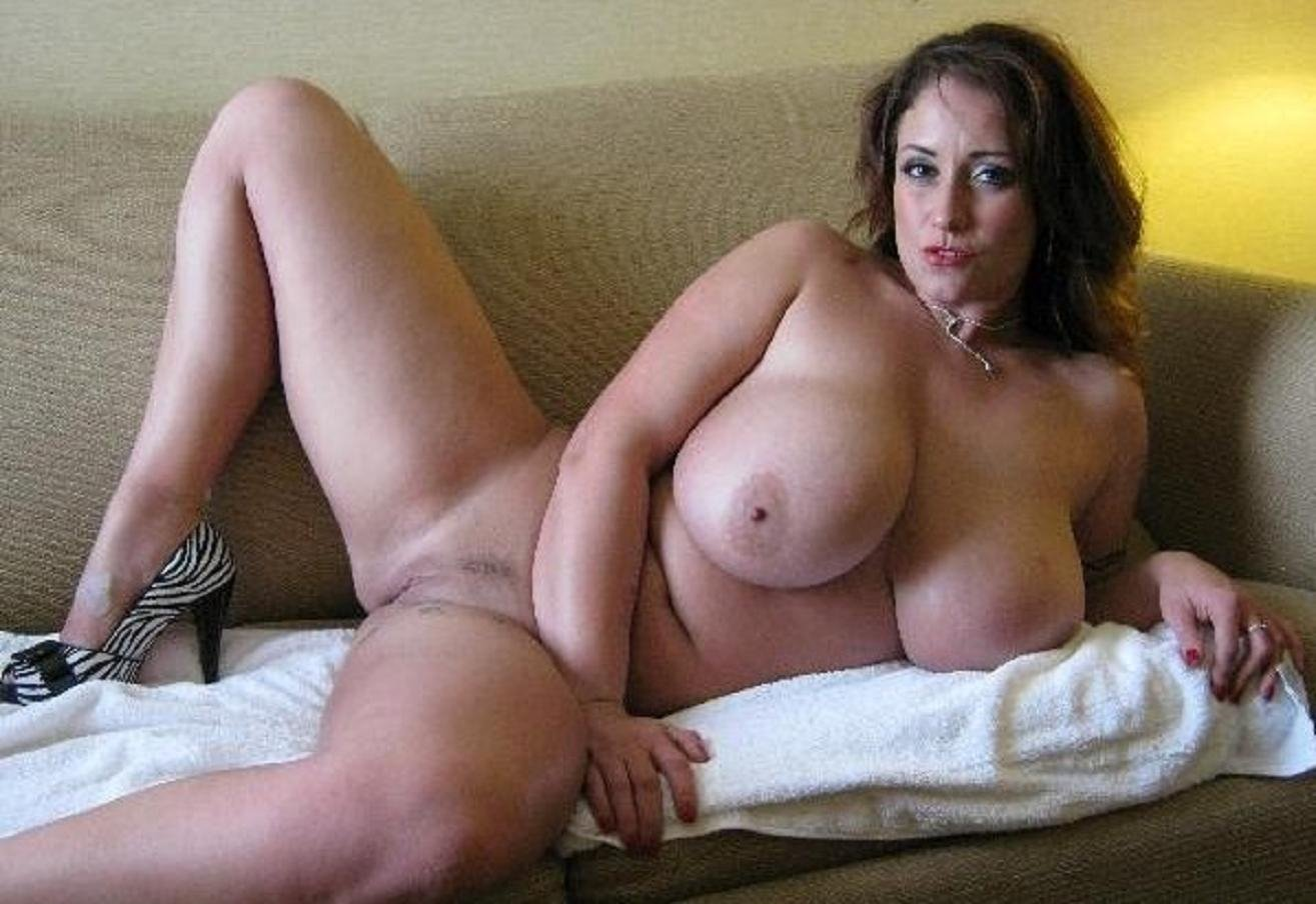 Thick busty mature women nude