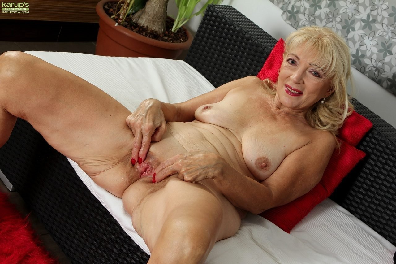 Free Porn Old Lady Anal Fuck