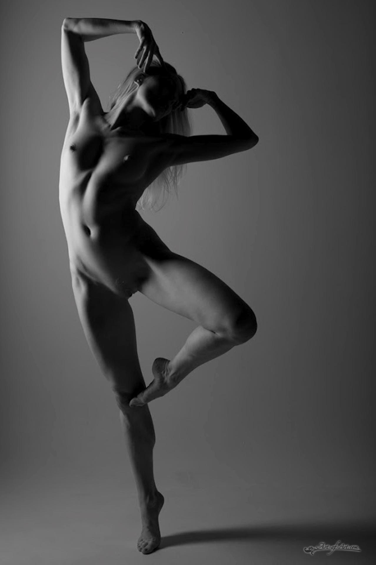 Sexy nude dance