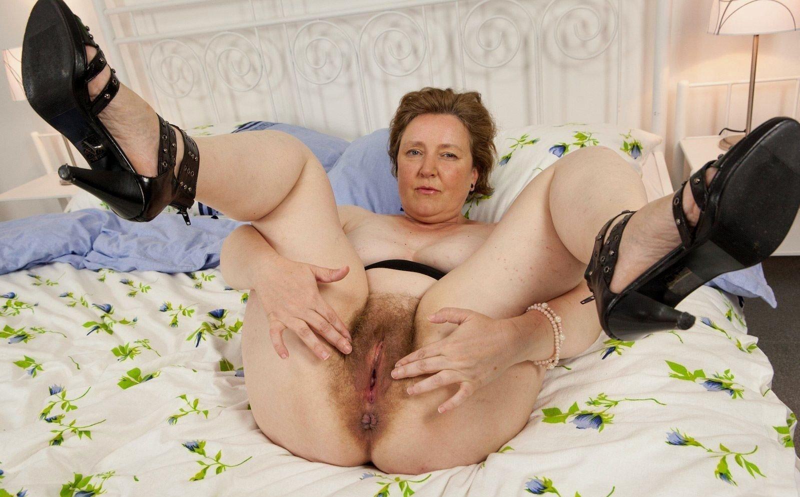 Granny couple, porn galery