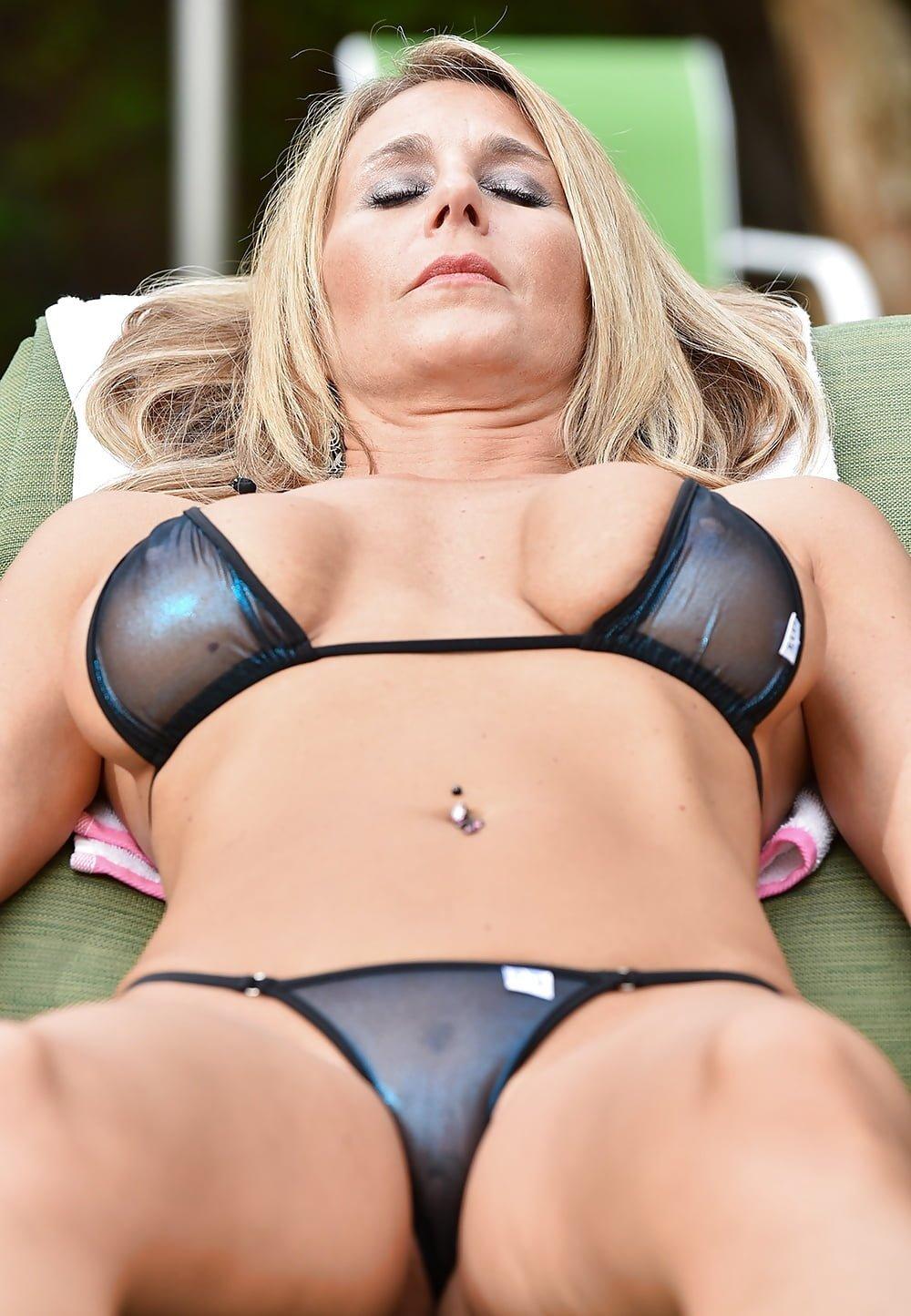 Aruba beach bikini milf sexy wife free porn galery, hot sex pics