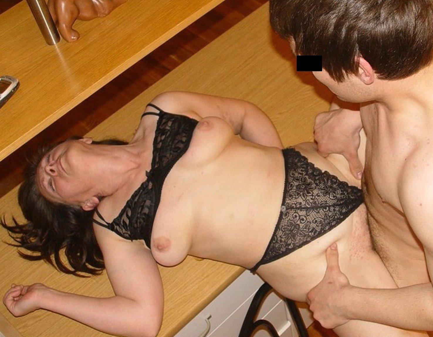 Maki Tomoda Sexy Mature Teacher Rape