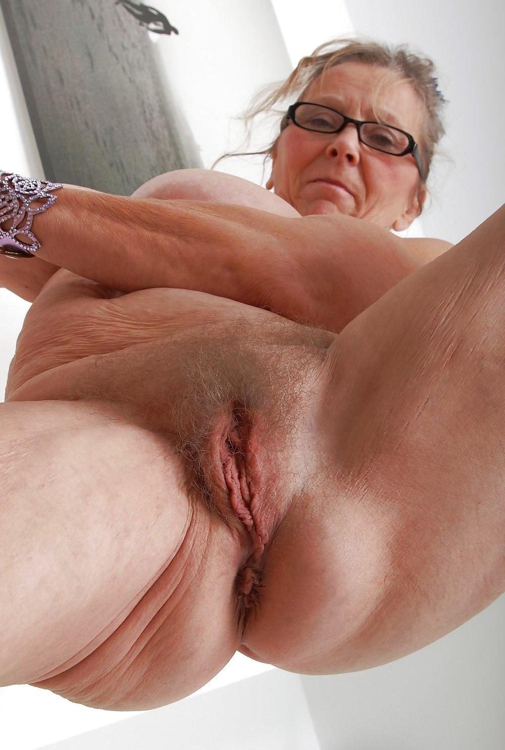 Hairy Granny Pussy Close Up
