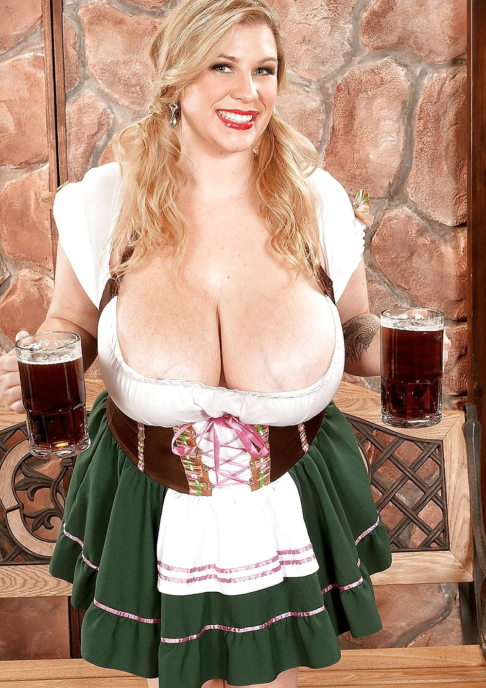 Bavarian Girl Stock Photos And Images