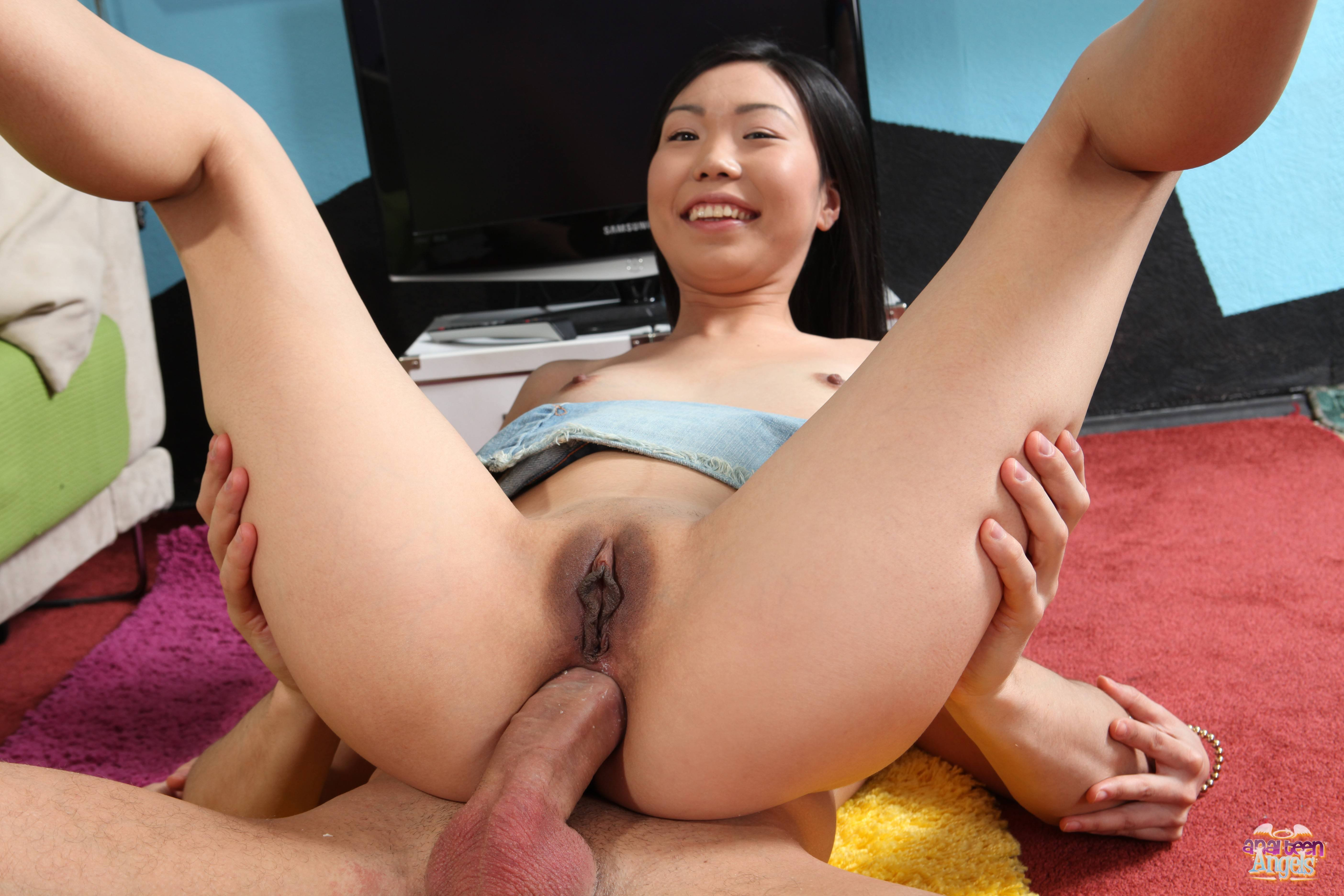 Chinese pics on hot