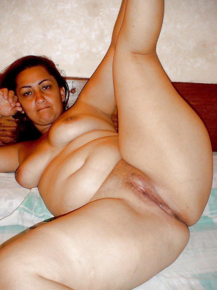Arab Mature Nude