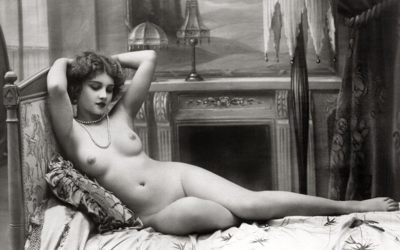 Naked French Women Pics