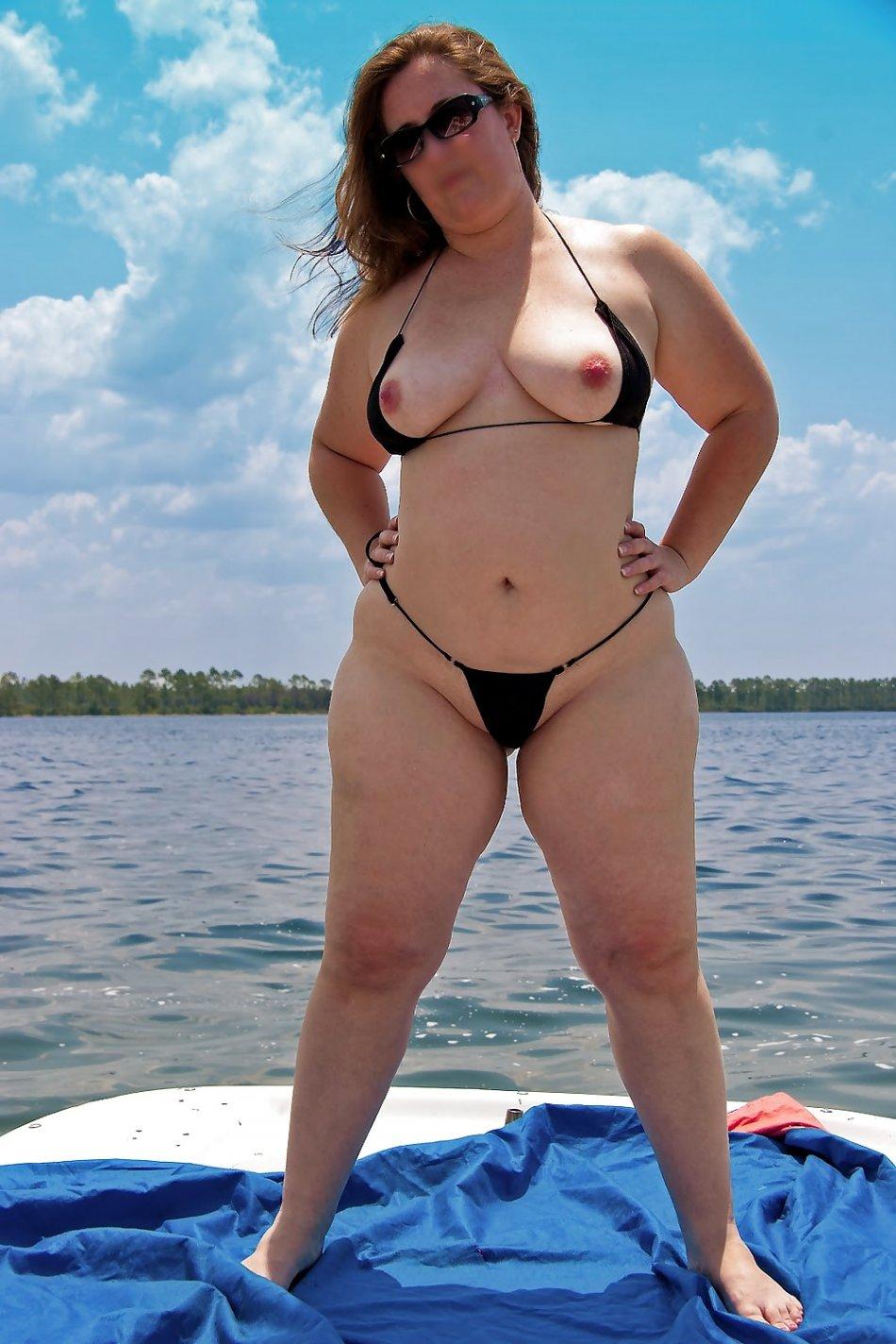 Sensual curves string bikini porn photos