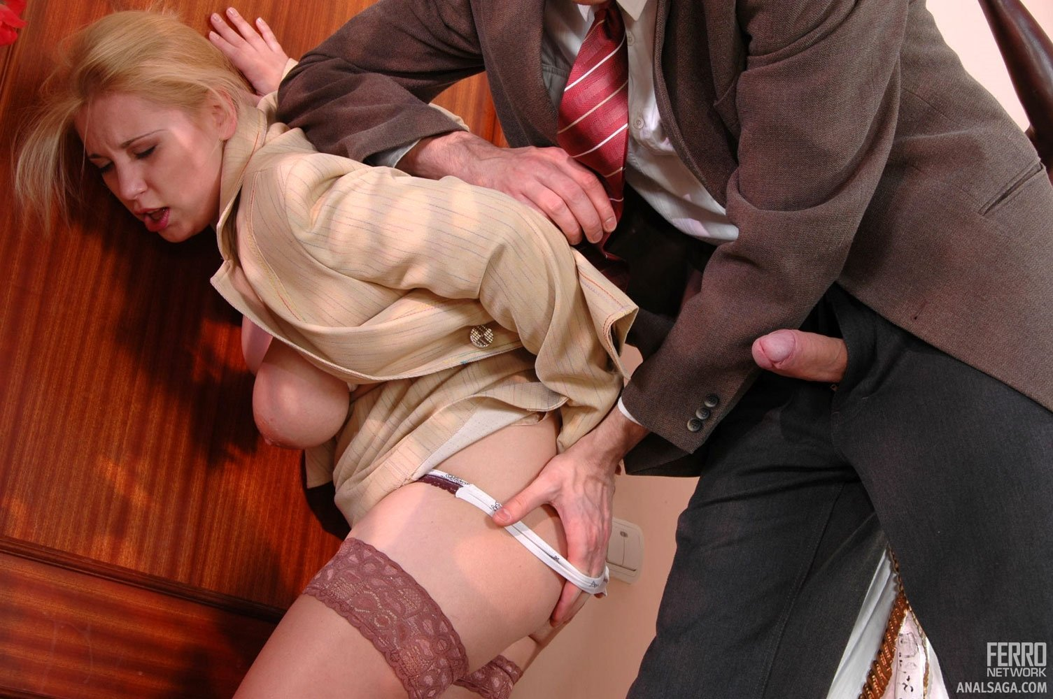 Pantyhose jobs rebecca govard blonde temptress going for face