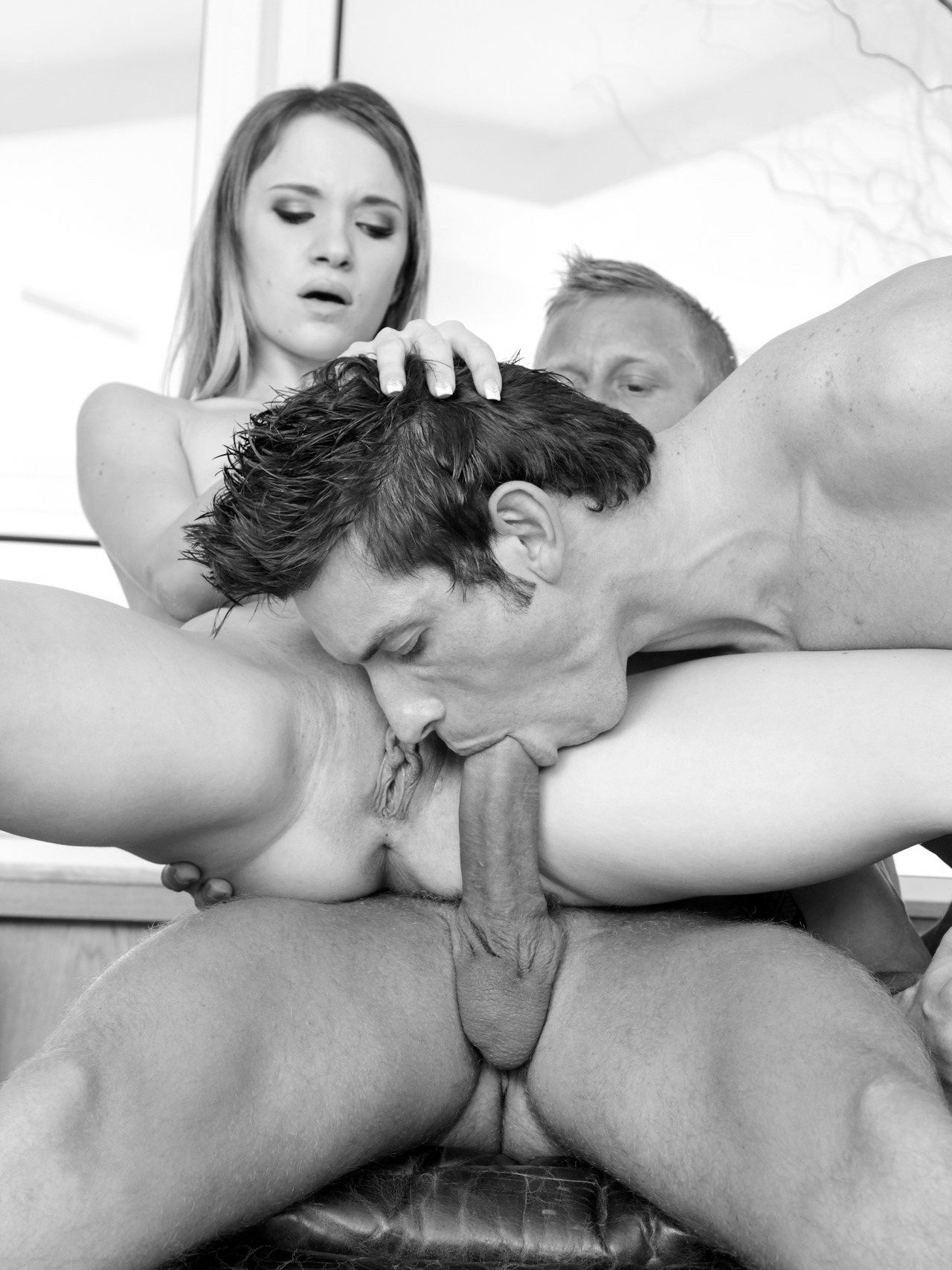 The hot bisexual threesome with horny friends