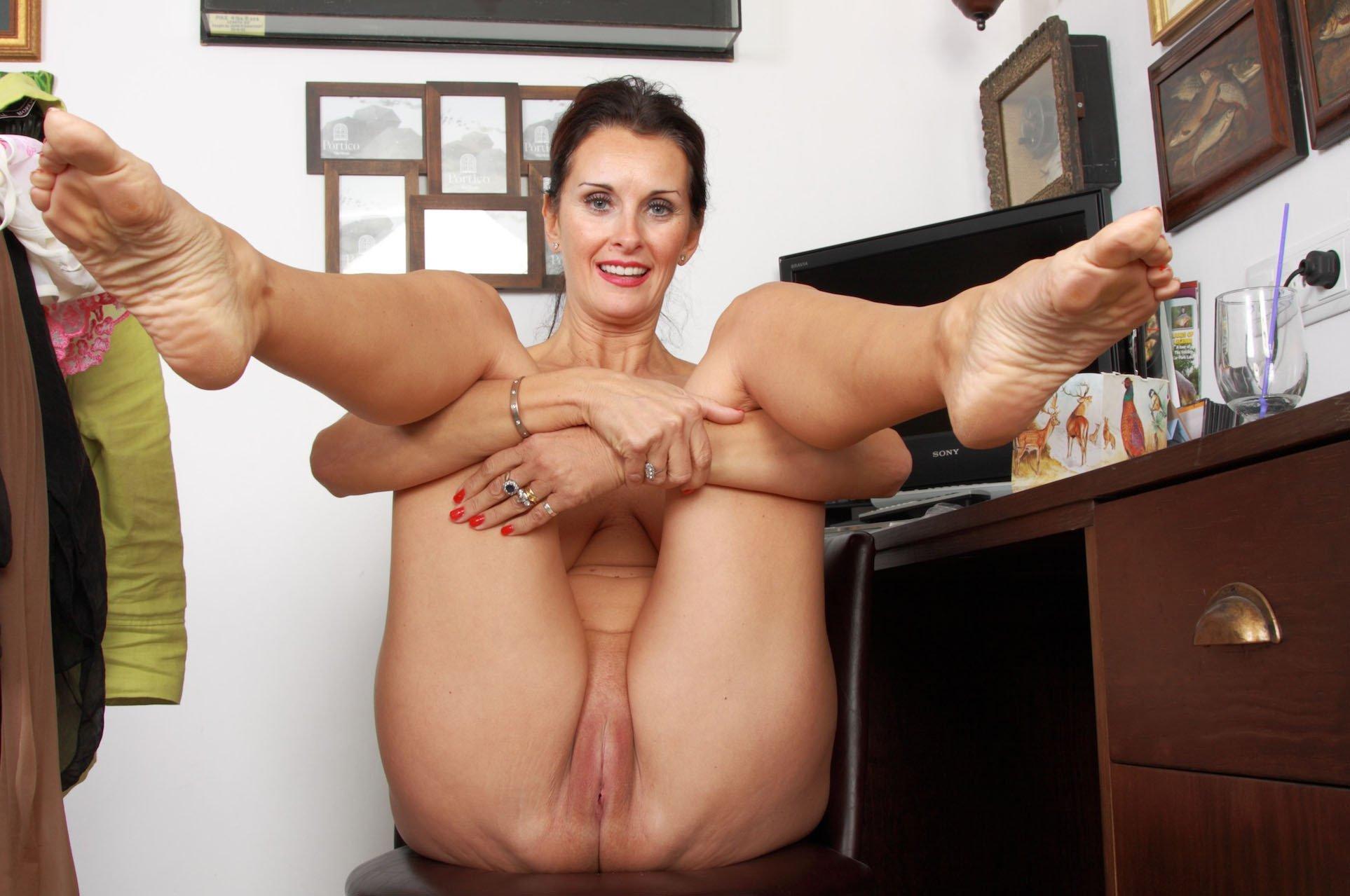 Legs Mature Sex Pics, Women Porn Photos