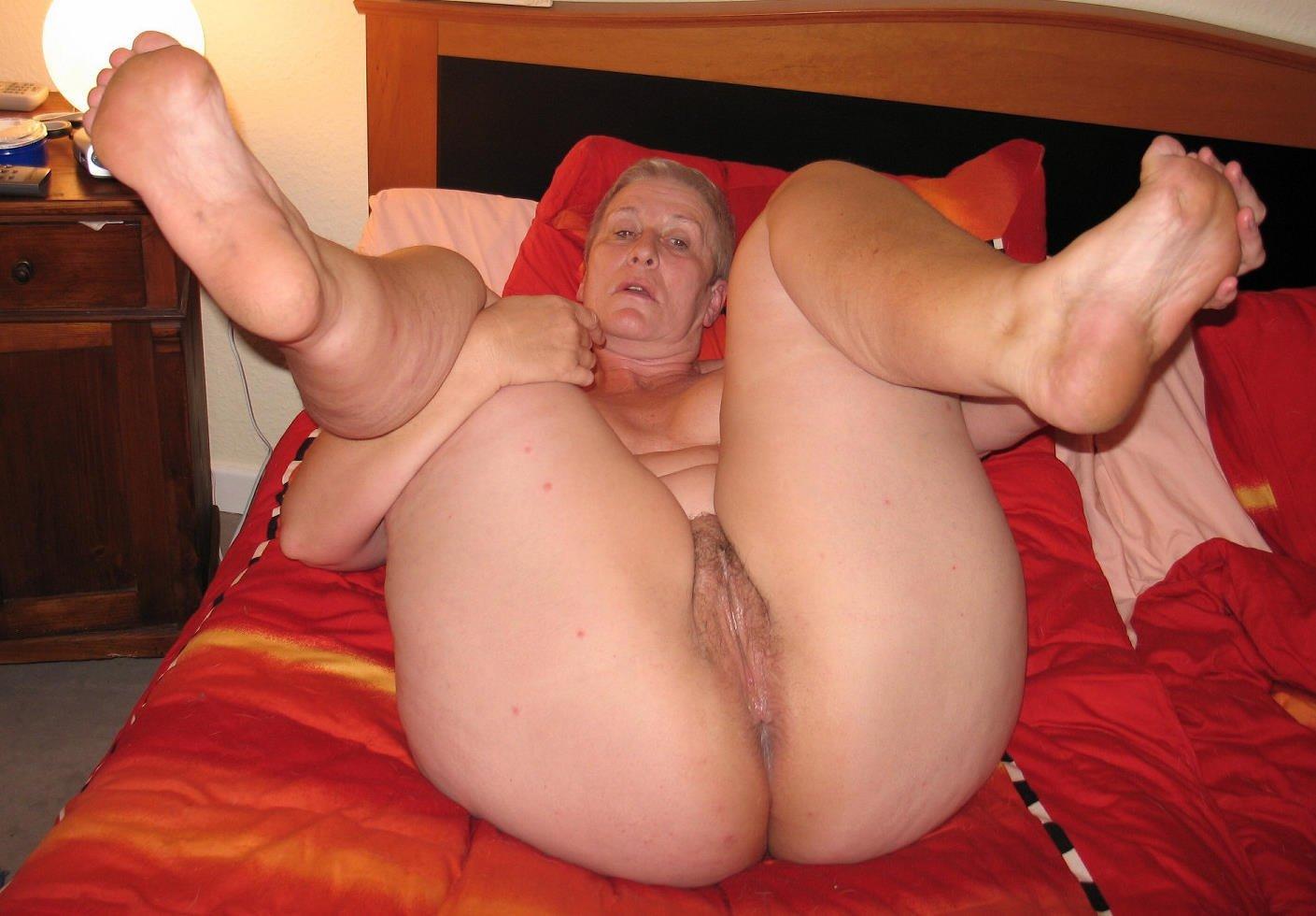 На Фото Голые Бабушки С Толстыми Жопами